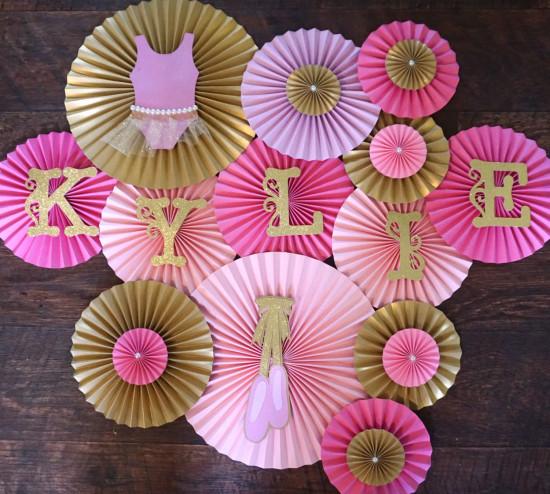 paper rosettes