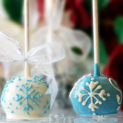 mini-holiday-brownie-pops-400