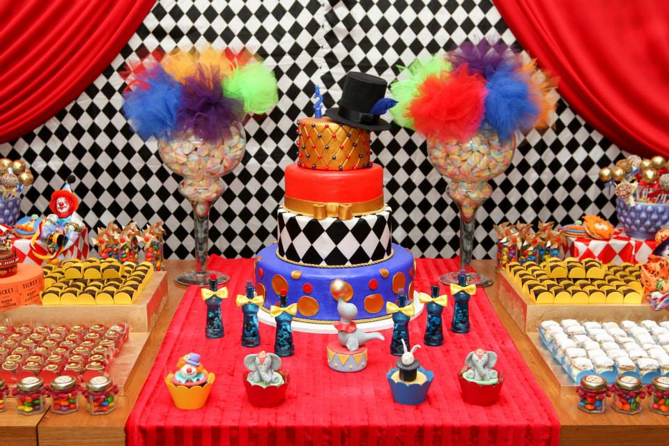 carnival circus baby shower theme ideas baby shower ideas themes
