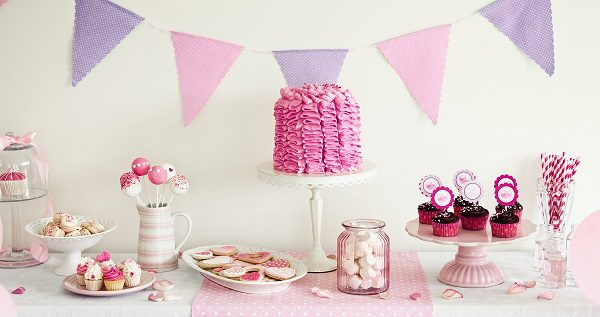 baby-shower-ideas-themes-games-decorations