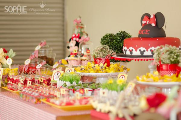 mickey mouse minnie mouse party ideas baby shower ideas. Black Bedroom Furniture Sets. Home Design Ideas