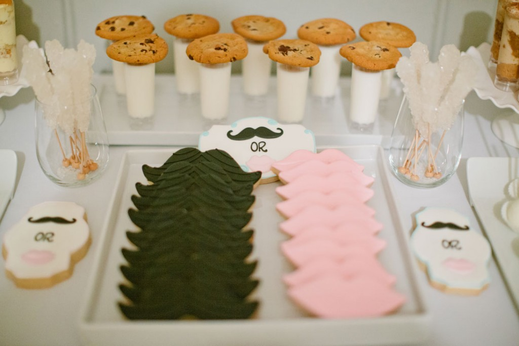 mustaches and lips gender reveal baby shower - Gender Reveal Baby Shower