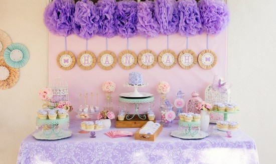 Lavender lace butterfly party baby shower ideas for Dekoration fur babyparty