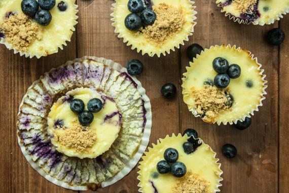 Mini Blueberry Vanilla Cheesecakes