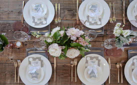 Backyard Baby Shower Ideas event design planning help me get hitched pretty backyard baby shower Backyard Baby Shower Guest Table Setting