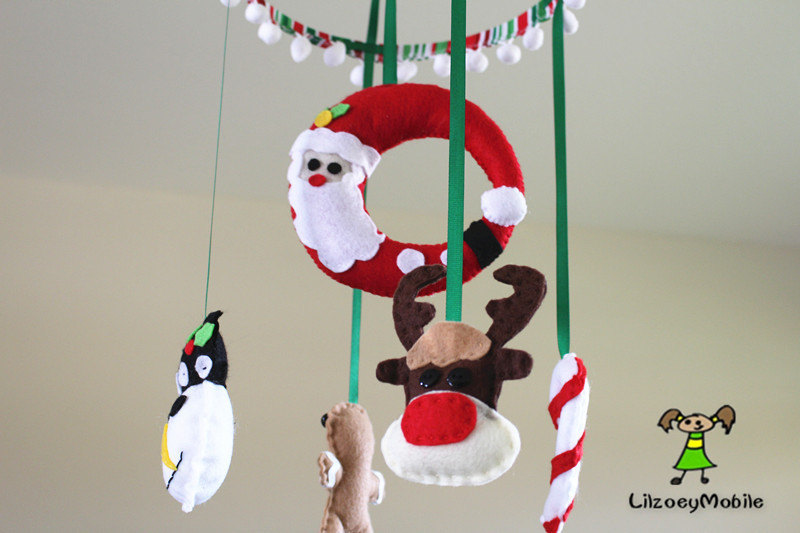 Christmas baby crib mobile felt mobile nursery for Baby cradle decoration ideas