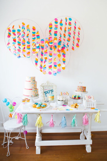 Confetti sprinkles baby shower baby shower ideas for Baby confetti decoration