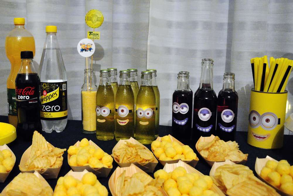 minion baby girl shower drinks and treats baby shower ideas themes