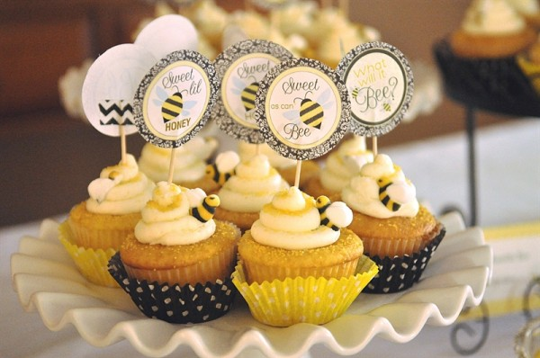 Sweet As Can Bee Cupcakes Desserts