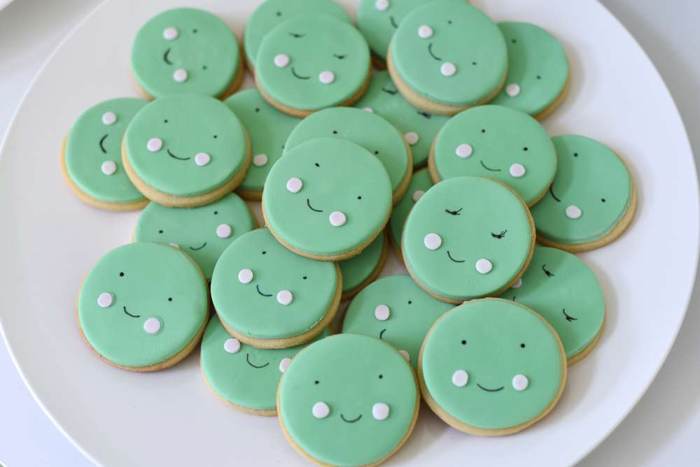 two peas in a pod baby shower baby shower ideas themes games
