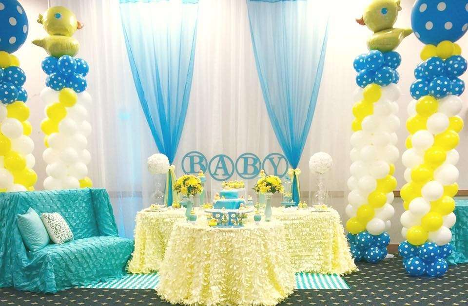 Rubber ducky baby shower baby shower ideas themes games for Baby shower party hall decoration ideas