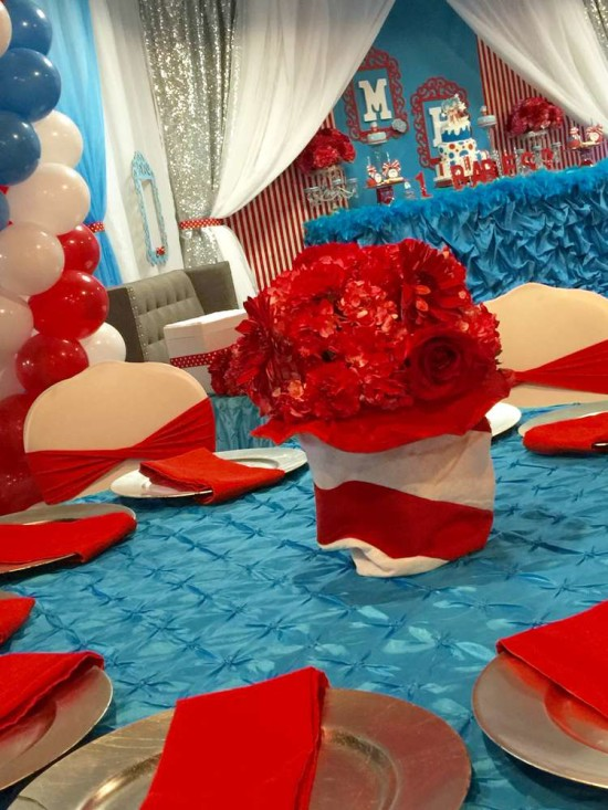 twins-thing-1-and-thing-2-baby-shower-red flowers