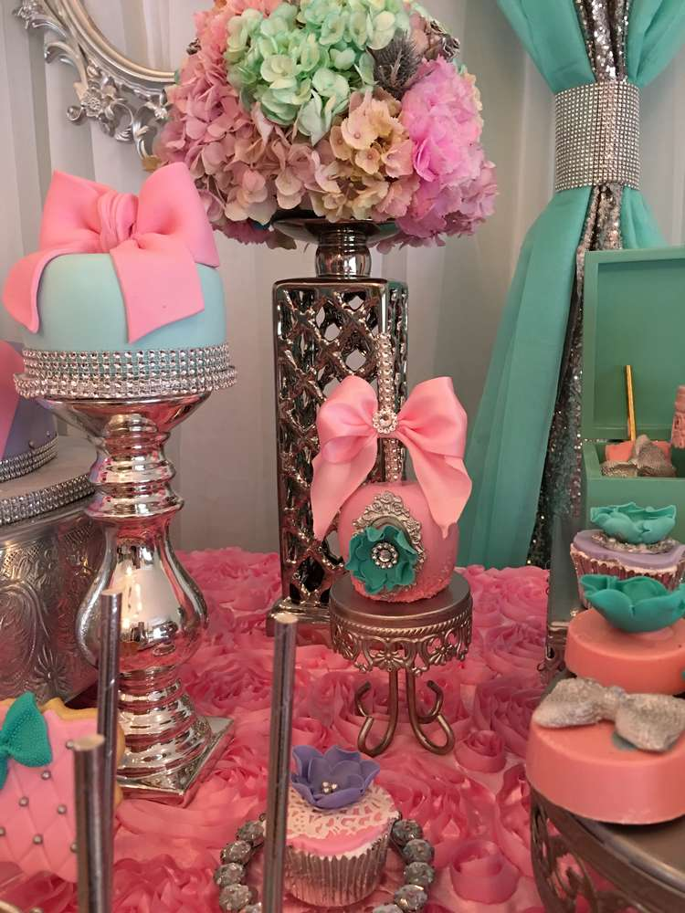 Teal and pink modern chic baby shower baby shower ideas for Baby shower modern decoration