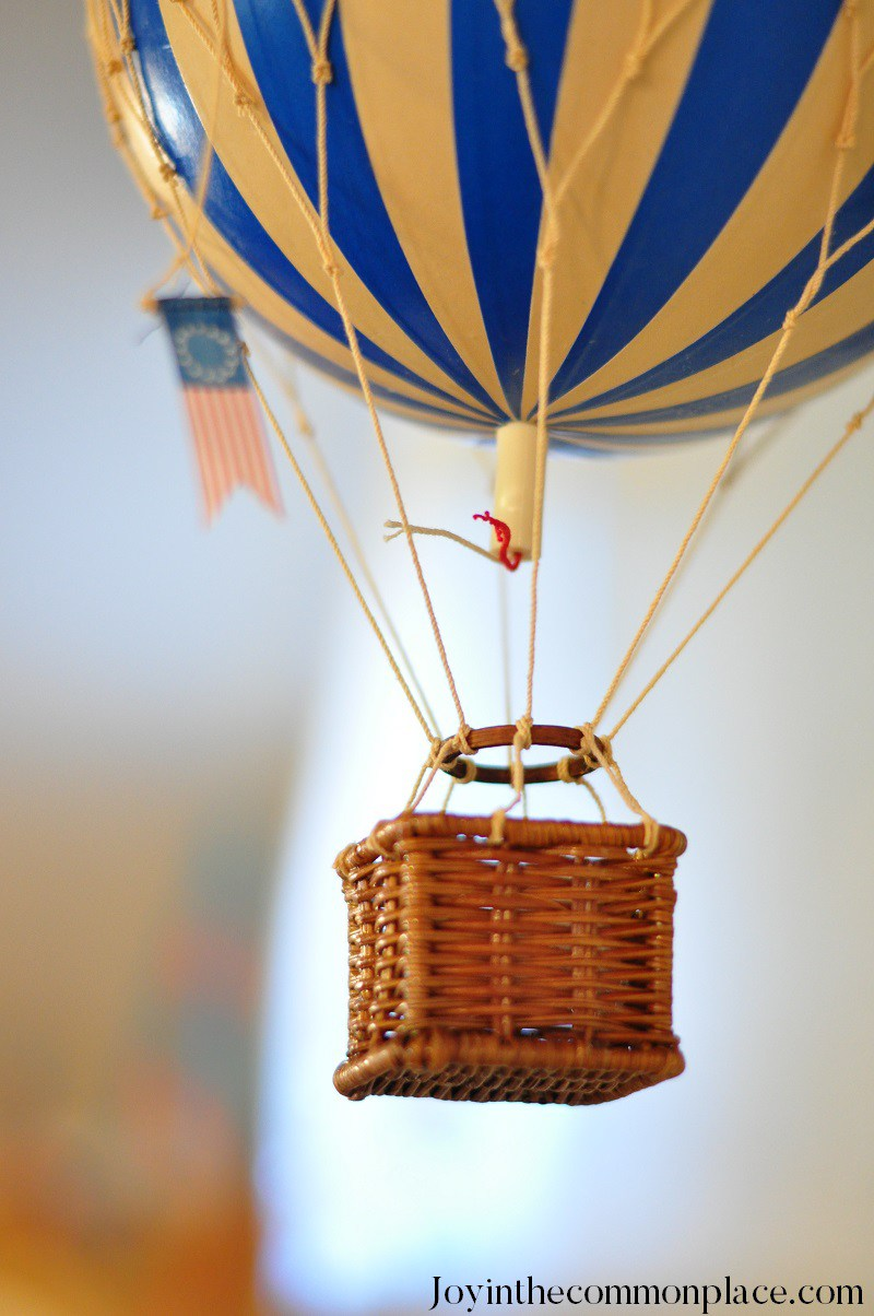 Classic Hot Air Balloon Baby Shower Balloon Decor Baby Shower