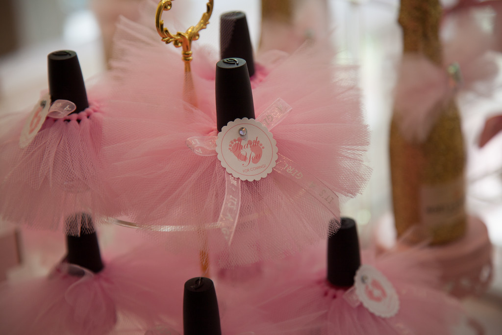 Pink-And-Gold-Tutu-Cute-Baby-Shower-Gift-Nail-Polish - Baby Shower ...