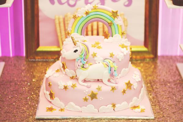glamorous-unicorn-baby-shower-cake