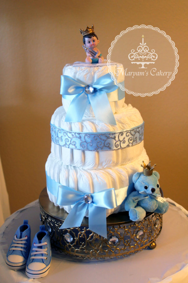 ... Blue And White Royal Baby Shower Diaper Cake ...