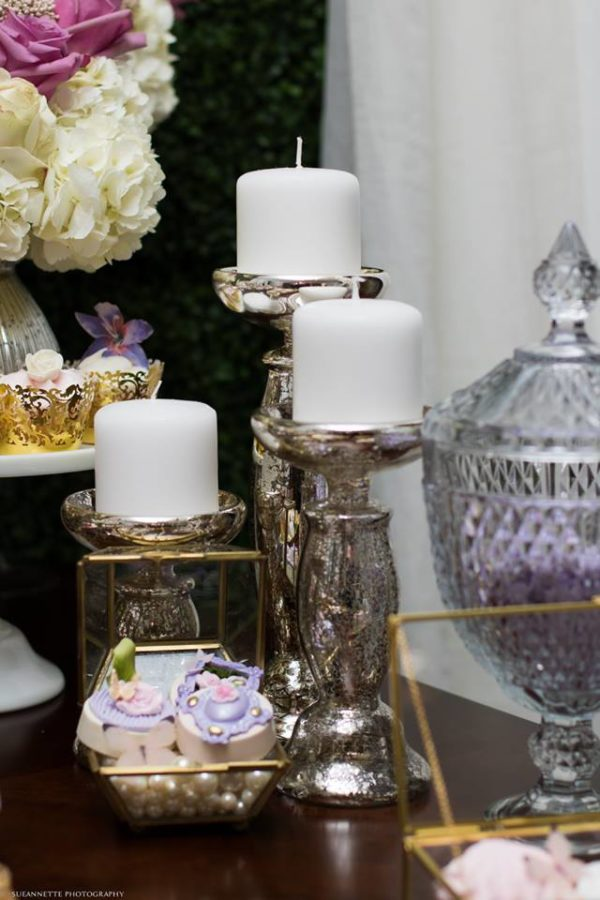 chic-floral-garden-baby-shower-candles