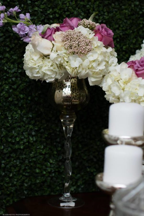 chic-floral-garden-baby-shower-flower-vase