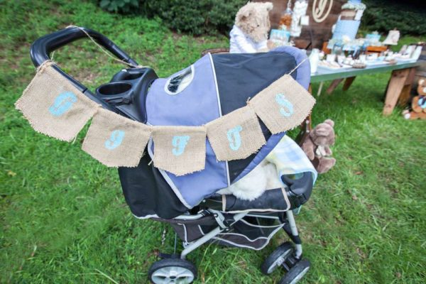 whimsical-bottles-and-burlap-baby-shower-carriage