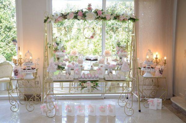 whimsical-spring-swing-celebration-dessert-stand