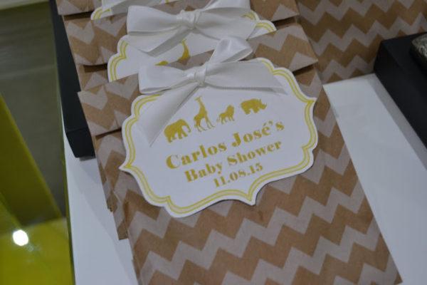golden-chic-safari-baby-shower-gift-bags