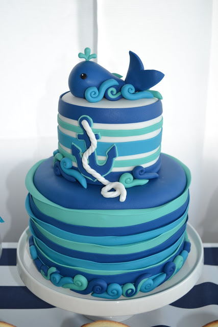 nautical-whale-baby-shower-fish-cake