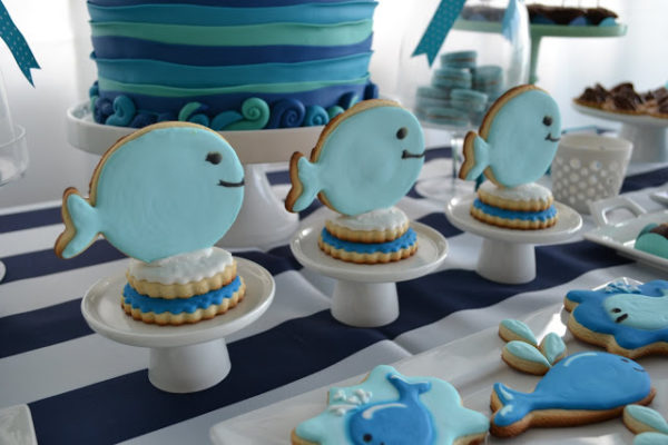 nautical-whale-baby-shower-fish-cookies