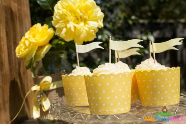 backyard-bumblebee-baby-shower-cupcakes