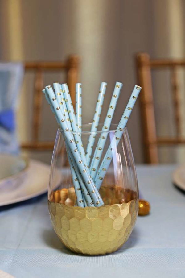 sheek-royal-prince-baby-shower-glass-straws