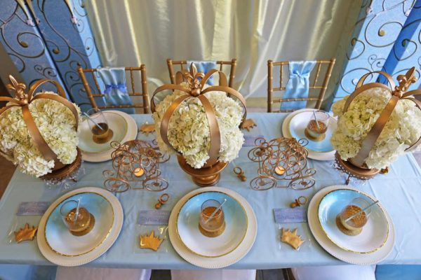 sheek-royal-prince-baby-shower-tablescape