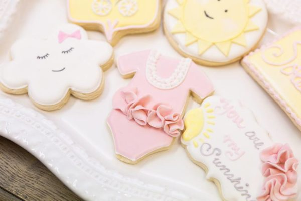 pastel-you-are-my-sunshine-shower-cookies