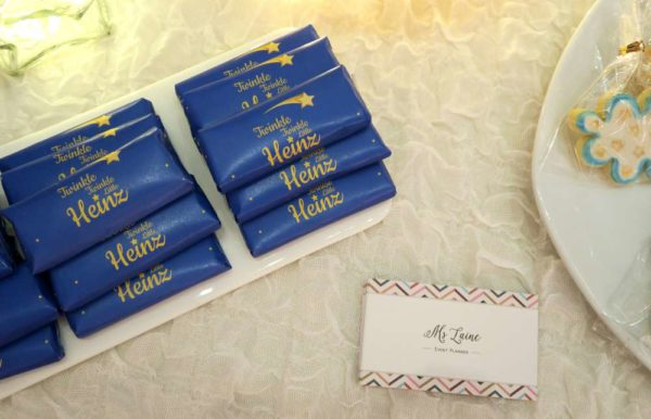 twinkle-twinkle-little-star-golden-baby-shower-wrapped-chocolate