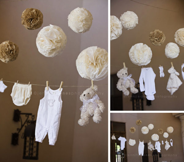 vintage-lamb-baby-shower-tissue-poms