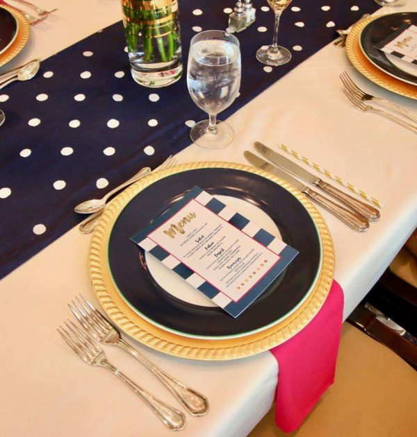 kate-spade-baby-shower-tablesetting-with-game-menu