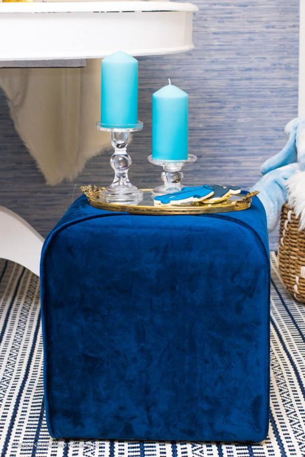 chic-blue-baby-shower-blue-candles