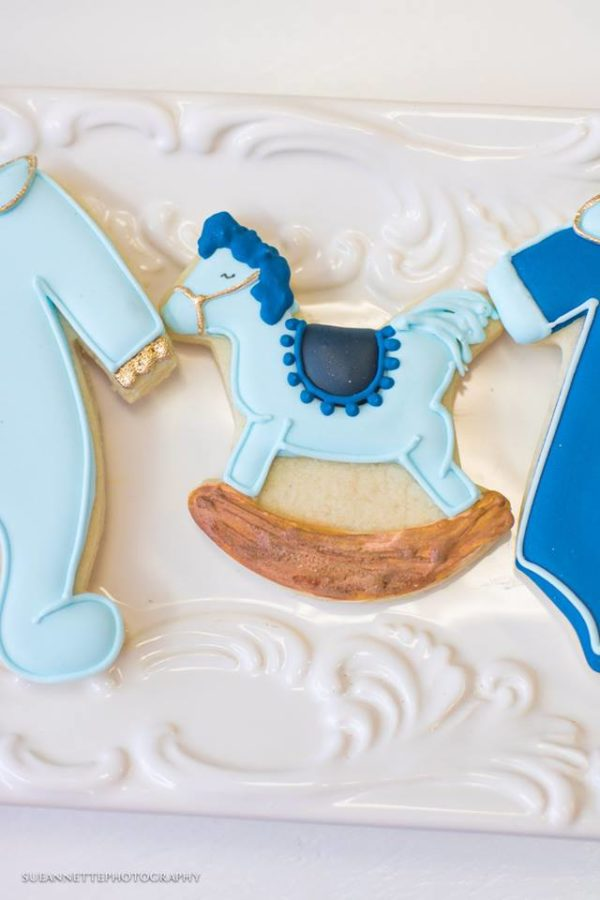 chic-blue-baby-shower-cookies