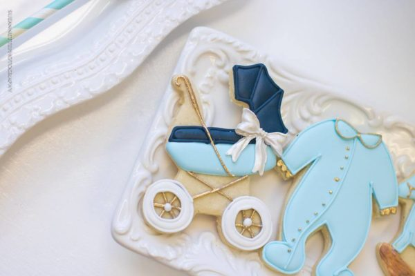 chic-blue-baby-shower-sugar-cookie