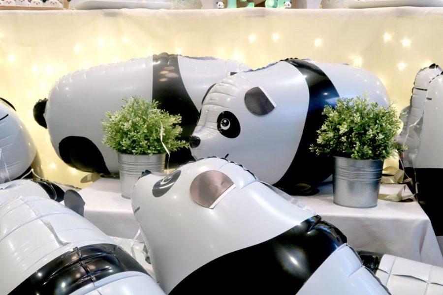 panda-themed-baby-celebration-balloons-mini-table