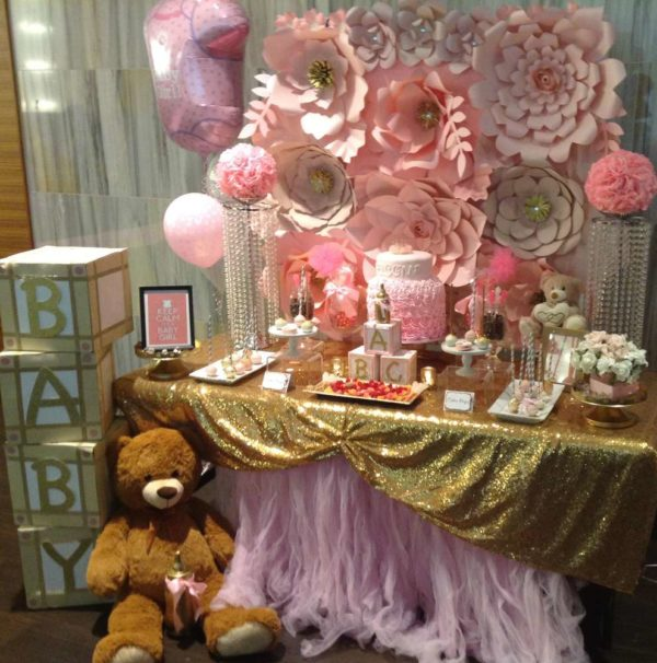 pretty-pink-and-gold-baby-shower-tulle-table-cover
