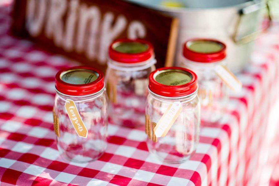 backyard-bbq-baby-shower-mason-jars