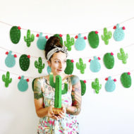 cactus-garland-mexican-fiesta-banner-taco-party-photo-booth-backdrop