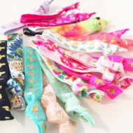 tropical-hair-ties-baby-shower-favors