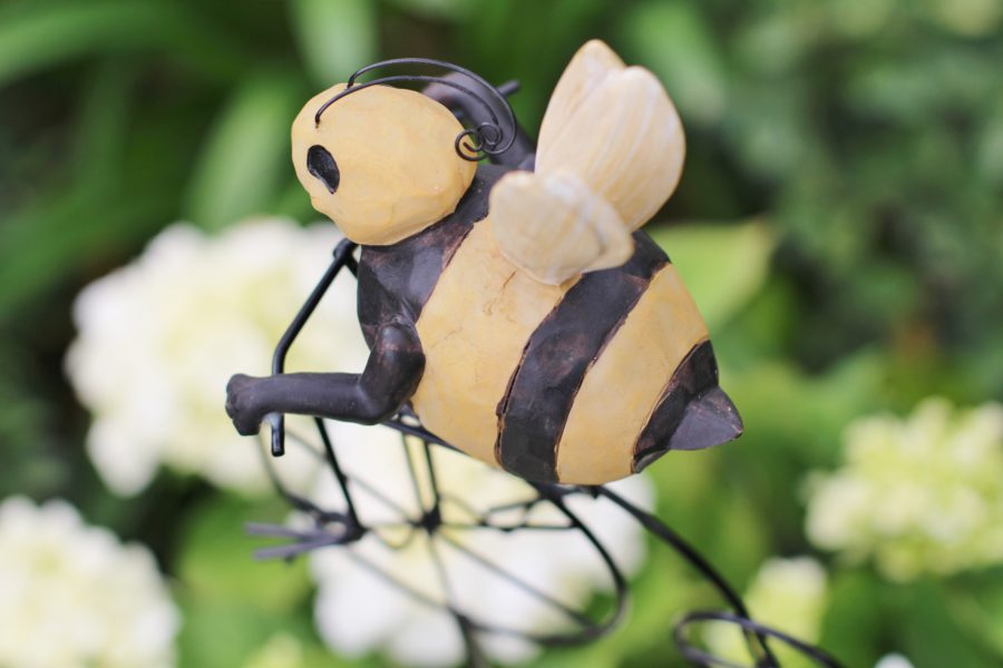 Baby To Bee Outdoor Shower Bumblebee Decor