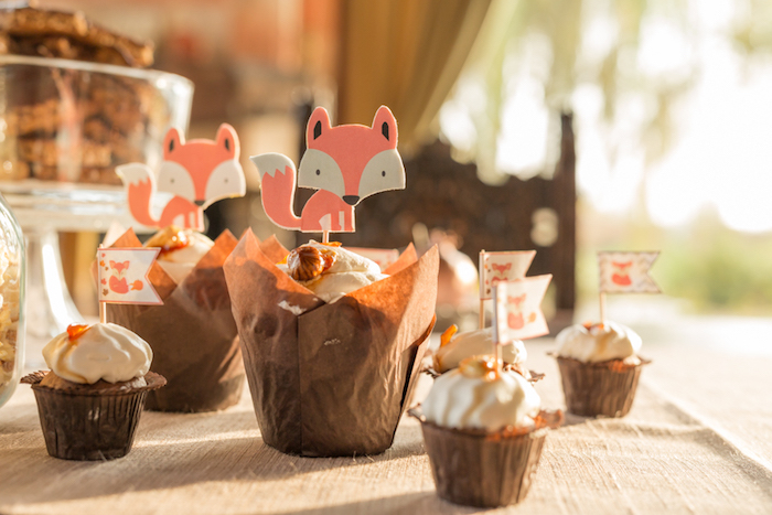 little-fox-fall-baby-shower-large-cupcakes