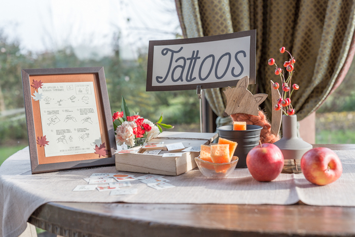 little-fox-fall-baby-shower-tattoo-table