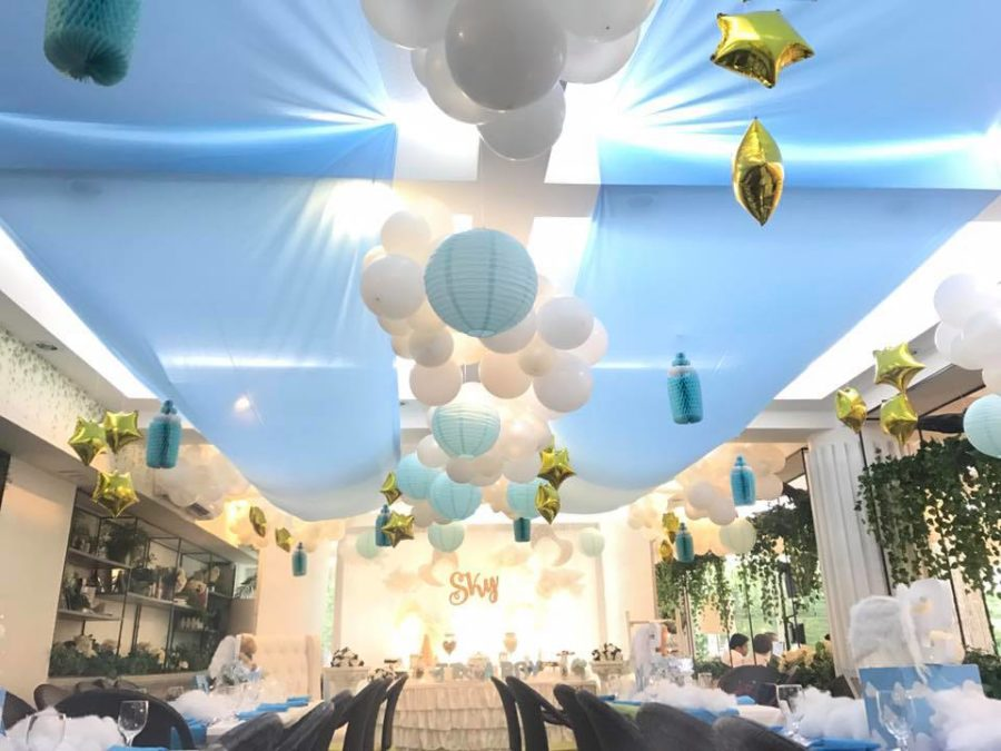 sky-blue-baby-shower-balloons