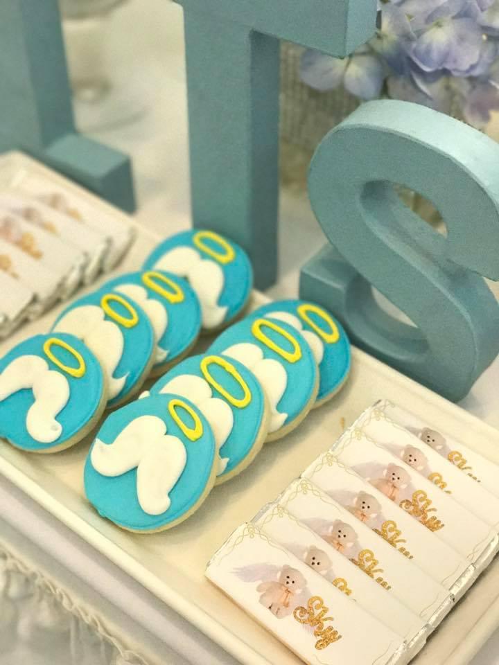 sky-blue-baby-shower-cookies