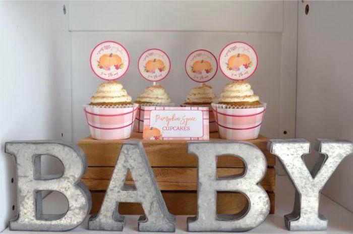 sweet-little-pumpkin-baby-shower-cupcakes