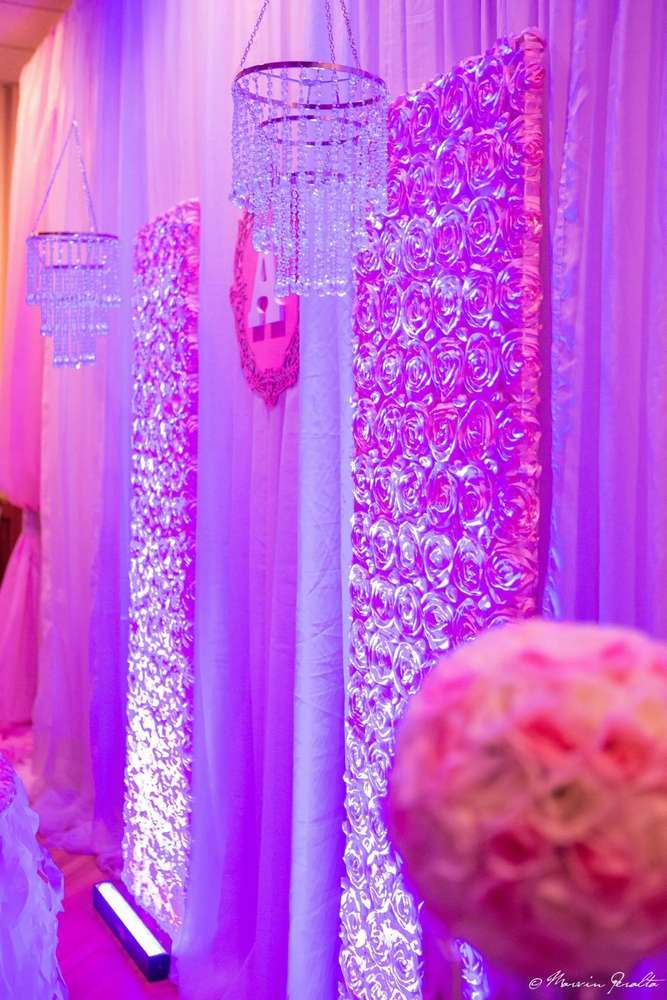ballerina-princess-baby-shower-chandelier